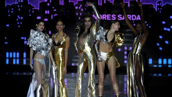 Madrid Fashion Week 0I 2018 - Desfile Andres Sarda