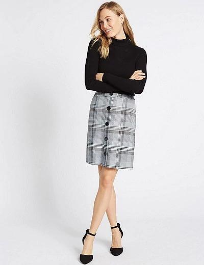 Minifalda de corte trapecio de cuadros Marks & Spencer